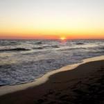 riva-al-mare-al-tramonto
